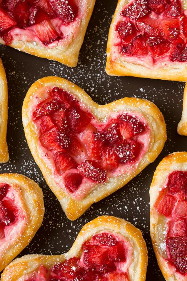 strawberry cream cheese pastries 4 (1)