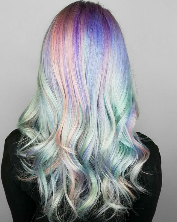 36 Beautiful Holographic Hair Trend Pictures That Are So Stunning You Cant Look Too Long At Them