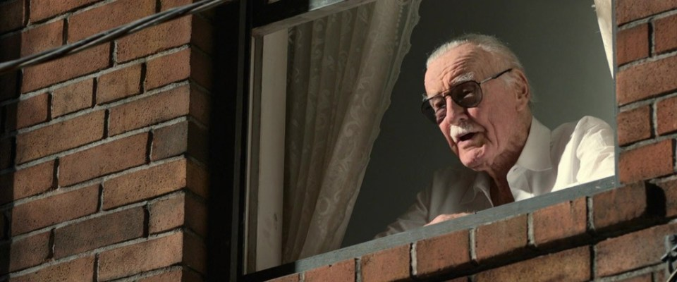 Stan-Lee-In-A-Window-Spider-Man-Homecoming-Easter-Eggs
