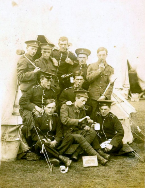 WW1 army training camp group. 1914