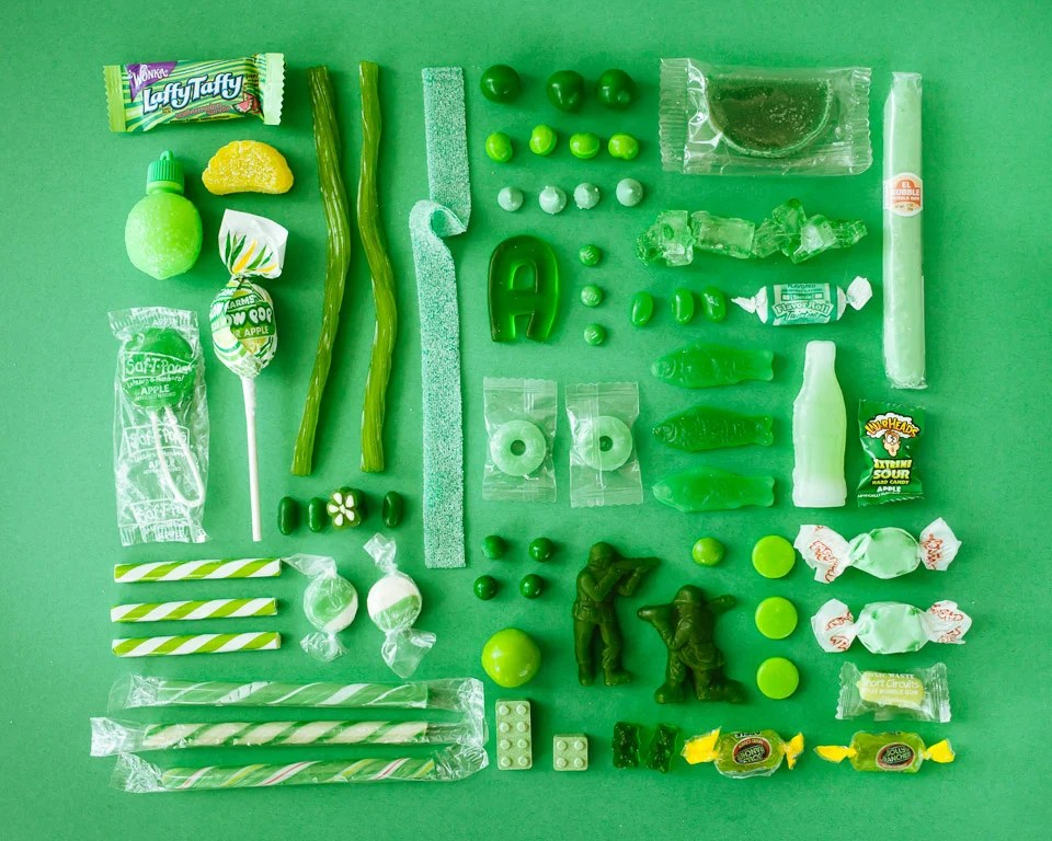 Organizing Colorful Objects