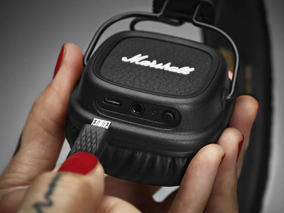 Marshall Major II Bluetooth - The Awesomer