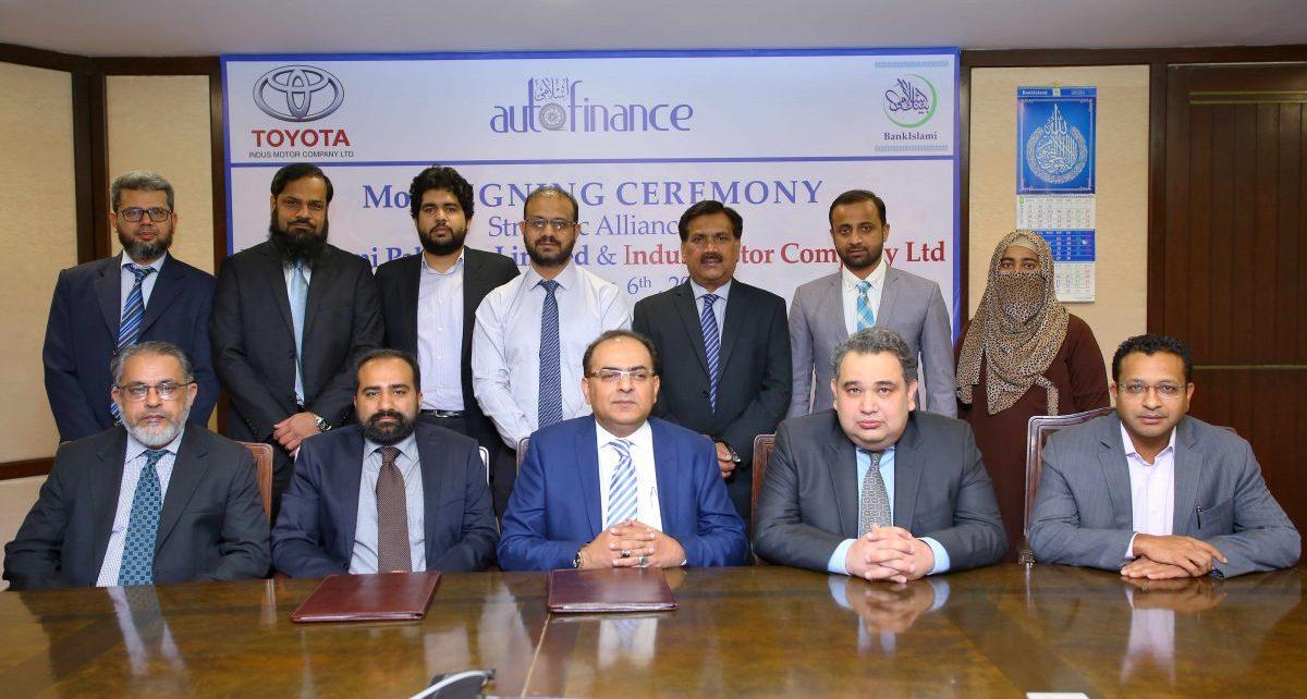 BankIslami partners with Indus Motor Company