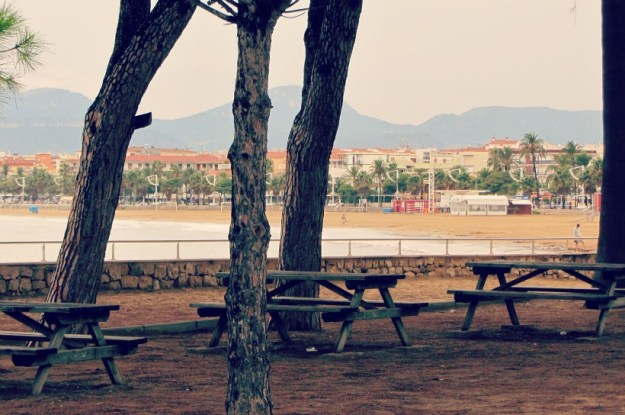 spain-benches