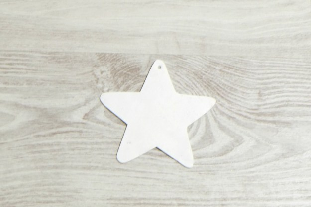 christmas-decor-plastic-star