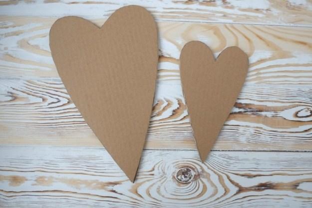 cardboard-heart-tilda