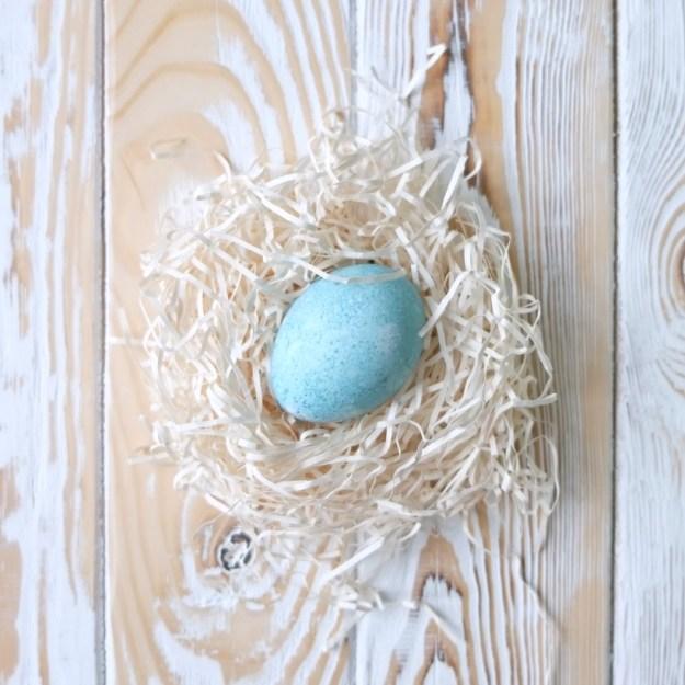 egg-blue-dye