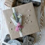 20 простых украшений из бумаги, которые сделают упаковку для подарка особенной