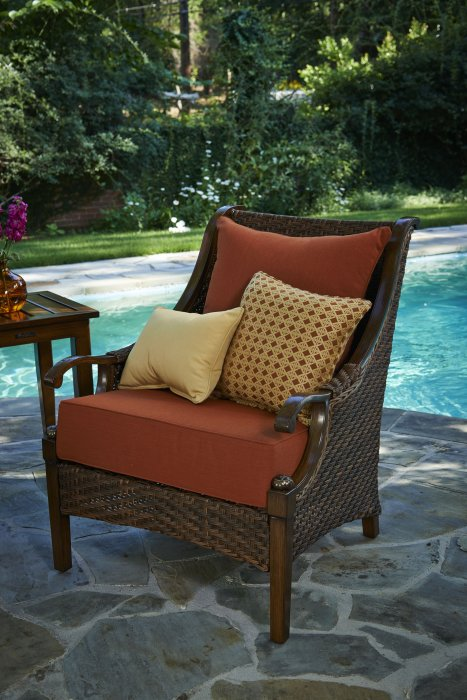 peak season outdoor furniture spas