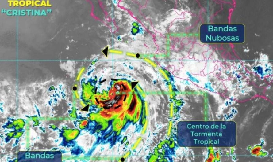 Tormenta tropical Cristina podría convertirse en huracán, esperan fuertes lluvias en la Costa del Pacífico y Baja California