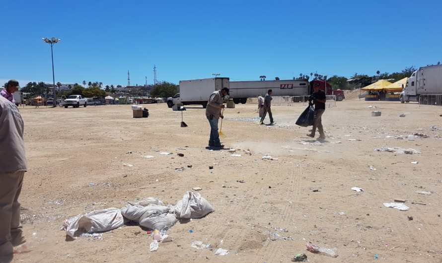 Los Cabos City Hall cleans and maintains the streets after hurricane Genevieve´s damages last month