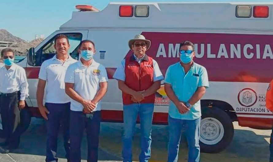 Ambulance donated to San Felipe community by Congressman Juan Manuel Molina (MORENA)