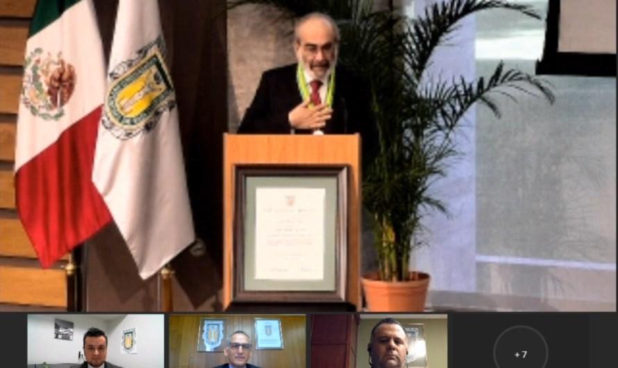 Otorga la UABC grado de Doctor Honoris Causa a Raúl Fuentes Navarro