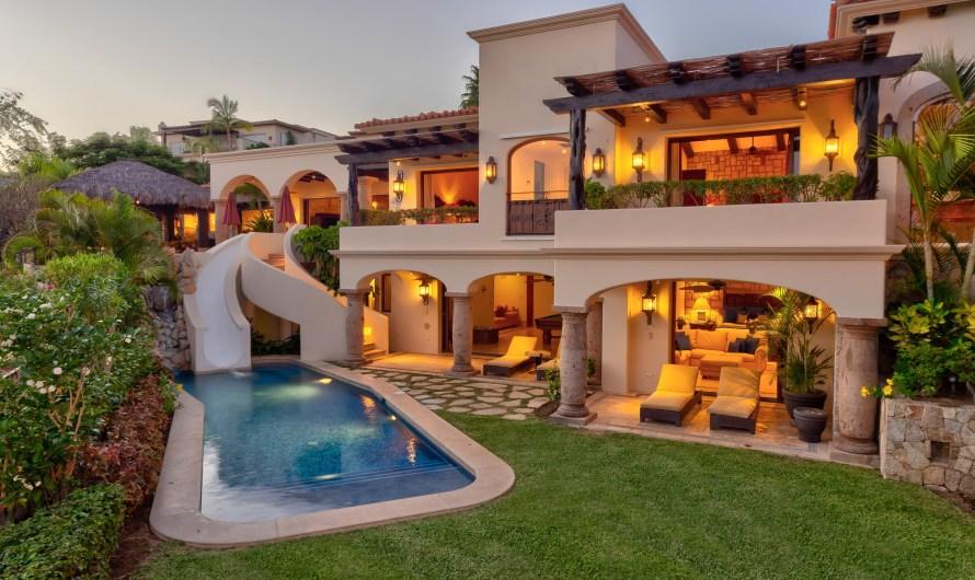 Concierge Auctions offers Las Colinas 16, a super fancy property in Los Cabos