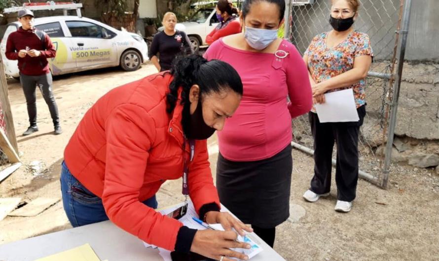 Promueve Gonzalez Cruz apoyos a 200 madres solteras de delegación Otay en Tijuana