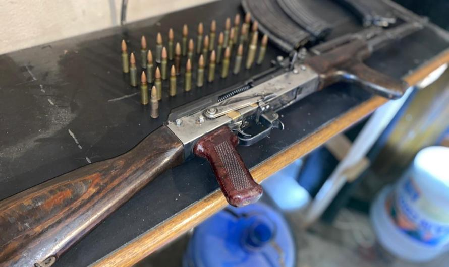 Decomisa Fiscalía General del Estado droga,fusil de asalto AK47 y tiros útiles en Mexicali