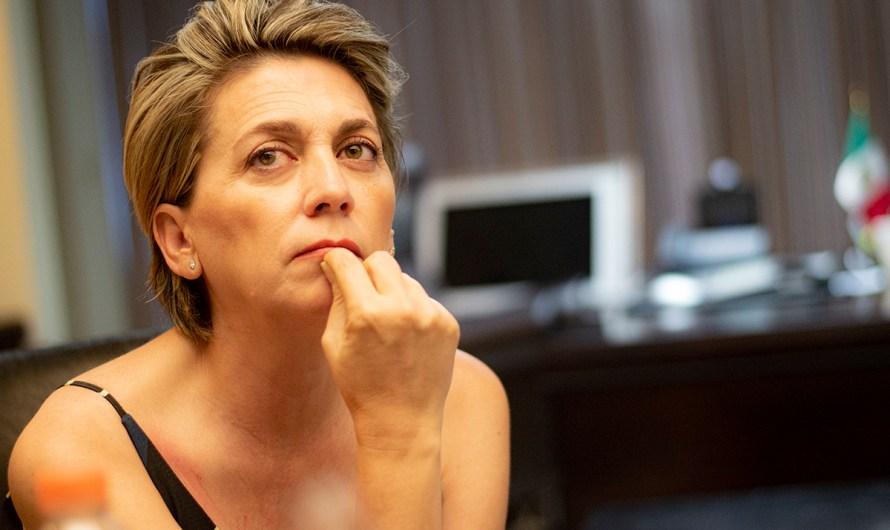 Karen Postlethwaite en la carrera de candidatura de MORENA por Alcaldía de Mexicali en elección 2021