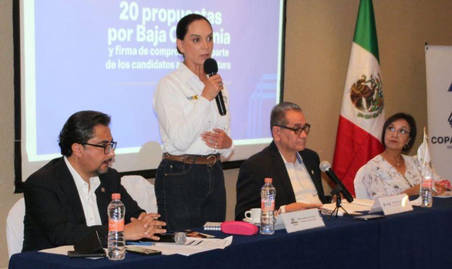 Sector empresarial es vital en la formación de un Estado modelo de desarrollo: Lupita Jones