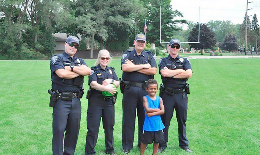 First Responders Children's Foundation Partners With CSX For National Night Out – Distributing Free Backpacks