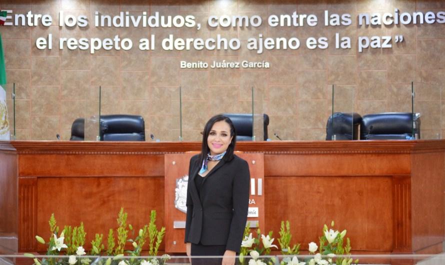 Rinde protesta Amintha Briceño constancia como Diputada de la XXIV Legislatura de Baja California