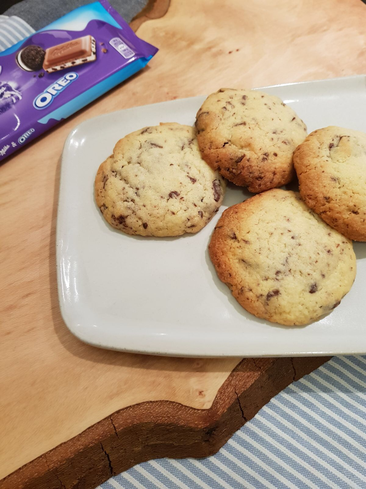Milka Oreo Chocolate Chip Cookies