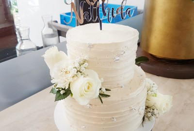 Wedding Cake by The Baking Experiment