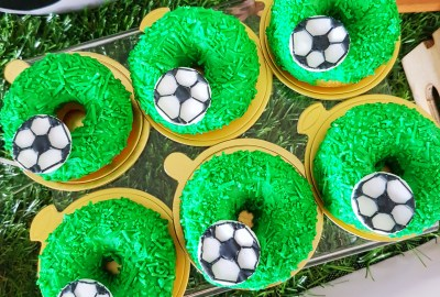 Soccer Donuts by The Baking Experiment