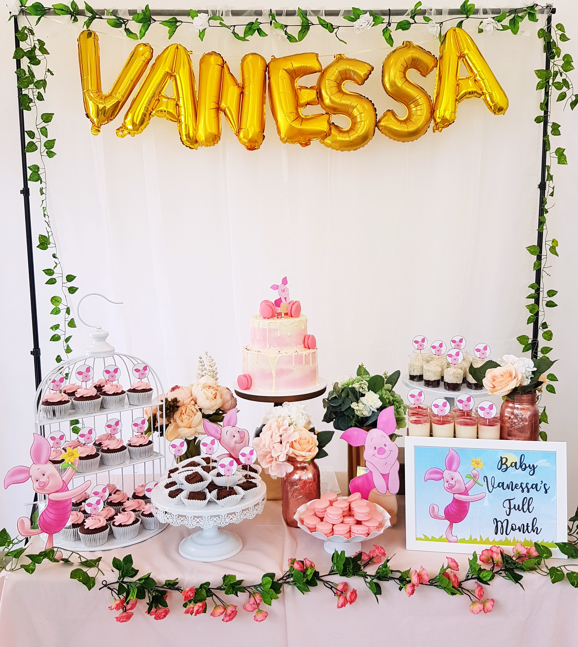 Piglet Dessert Table by The Baking Experiment