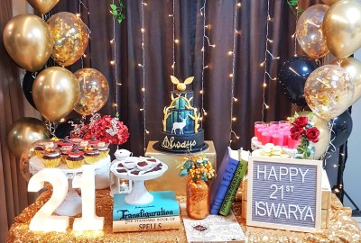 Harry Potter Black and Gold Dessert Table by The Baking Experiment