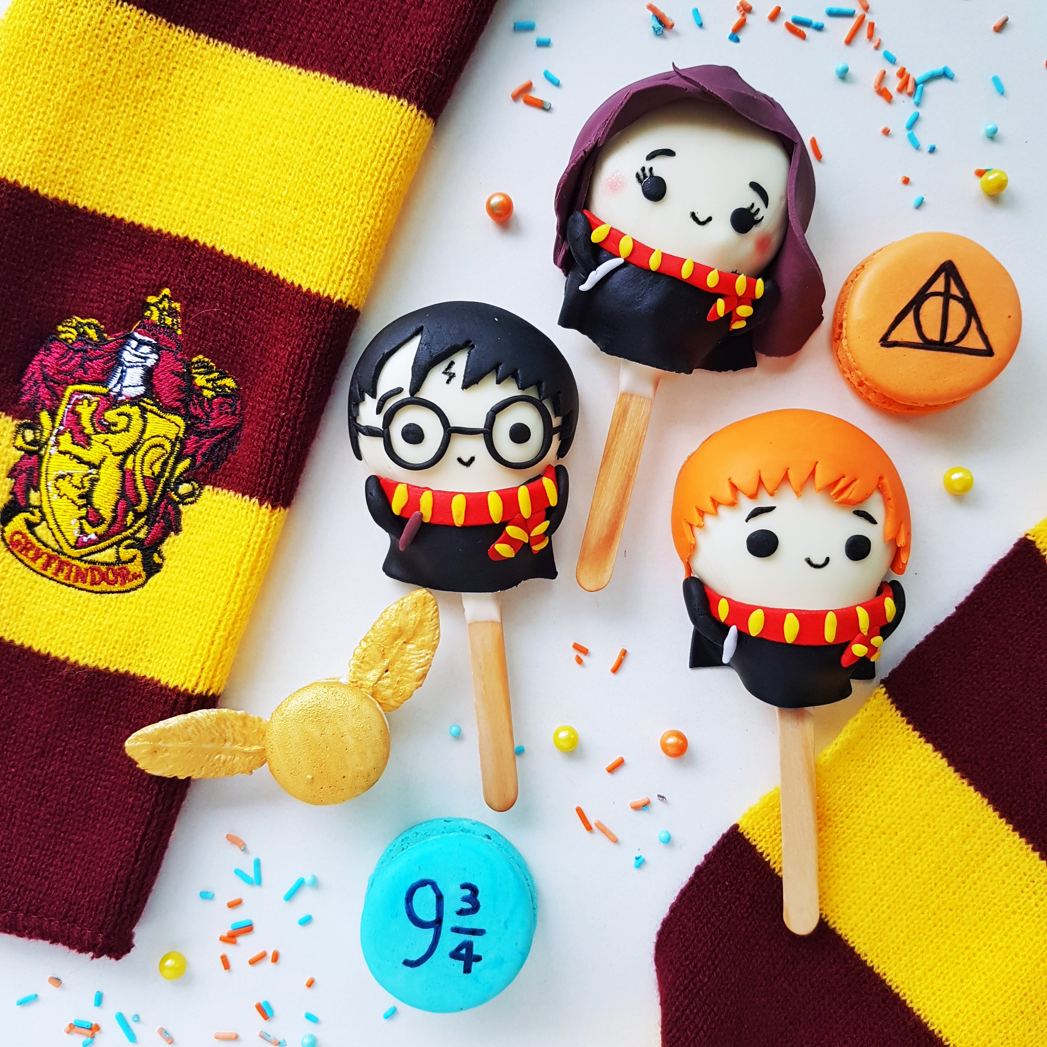 Harry Potter Cake Pops by The Baking Experiment