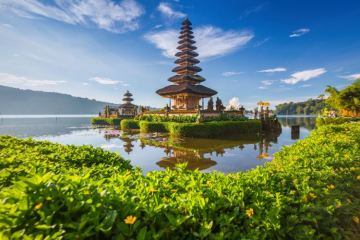 Bali Plans To Charge Each Tourist US$10 Green Tax