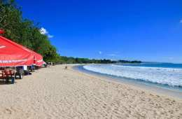 Tourists flock to Bali after ban lifted