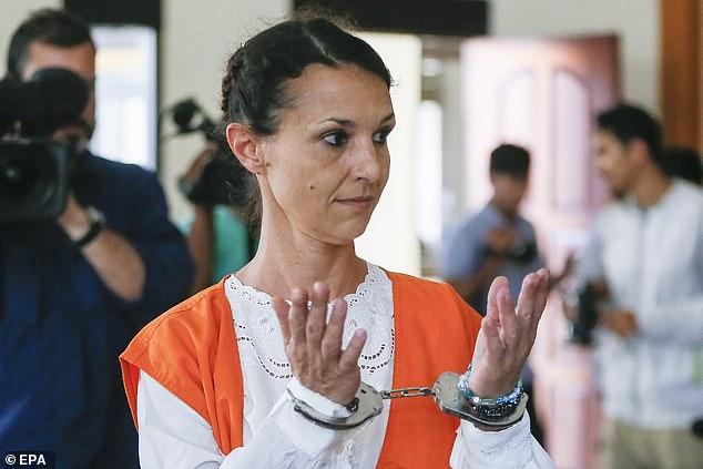 sarah connor in cuffs