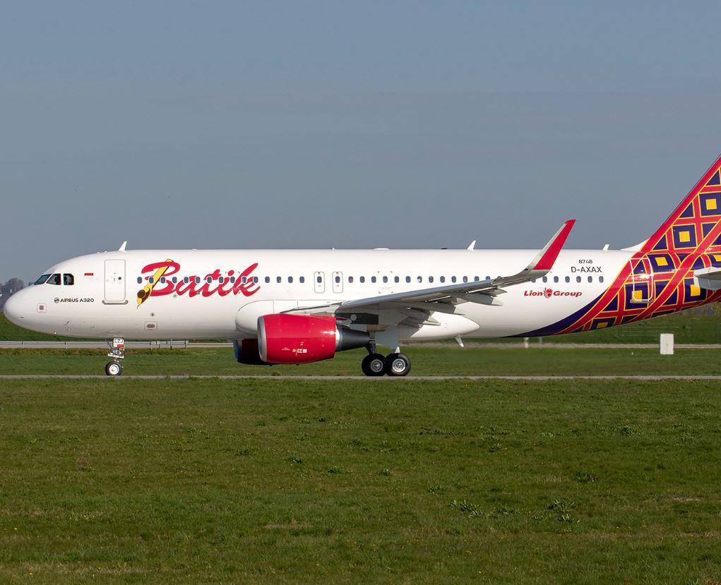 Batik Airways plane taking off