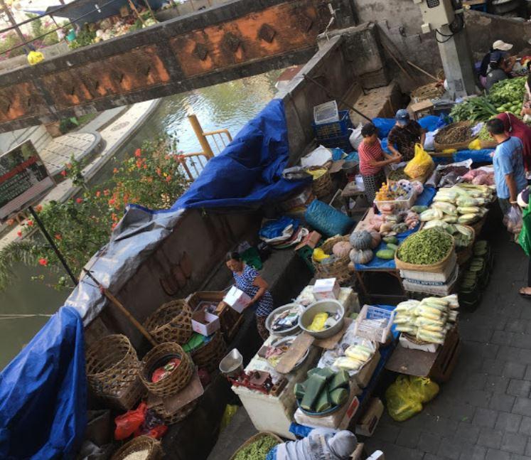 Traditional bali market