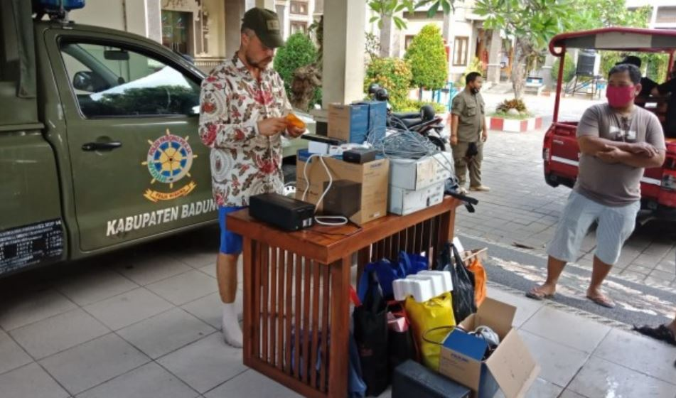 Foreigner Facing Deportation After Being Evicted From Bali Villa
