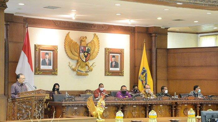 Governor Koster in Bali Meeting