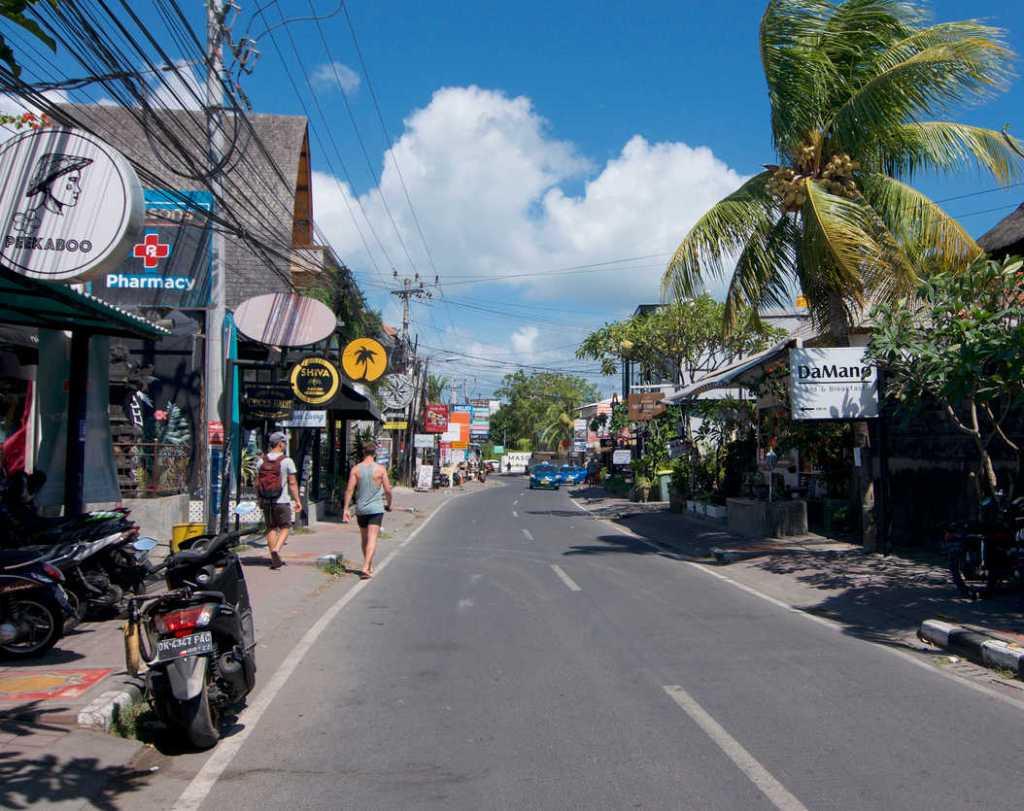 Batu balong street empty