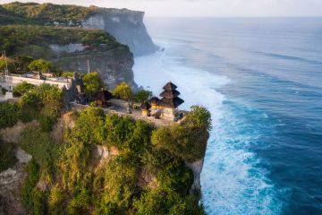 Bali Governor Plans To Close All Tourist Attractions Again