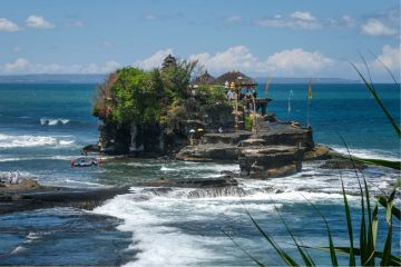 Two Men Have Gone Missing At Sea Near Tanah Lot In Bali