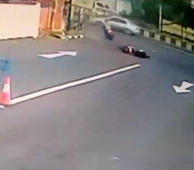 foreigner crashes