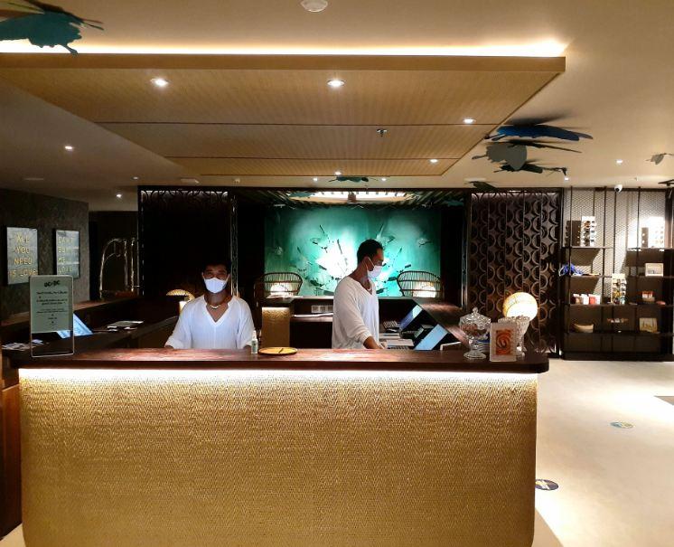 mamaka hotel lobby