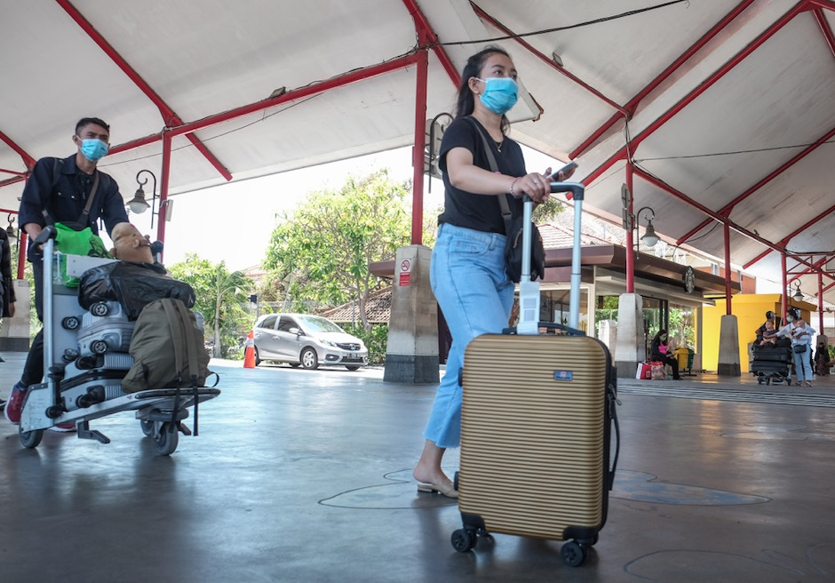 bali airport domestic entry