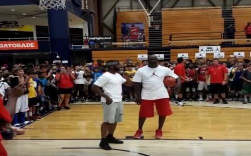 Michael_Jordan_challenged_by_Chris_Paul-video-