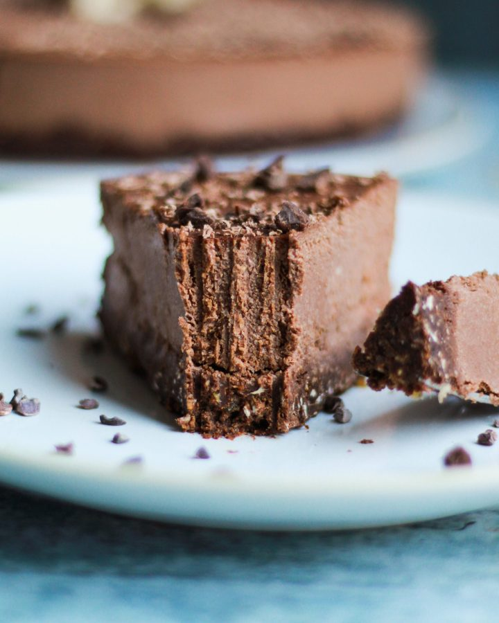 This no bake vegan chocolate cheesecake is completely gluten free and refined sugar free, but just as decadent and custard-like as a traditional cheesecake!