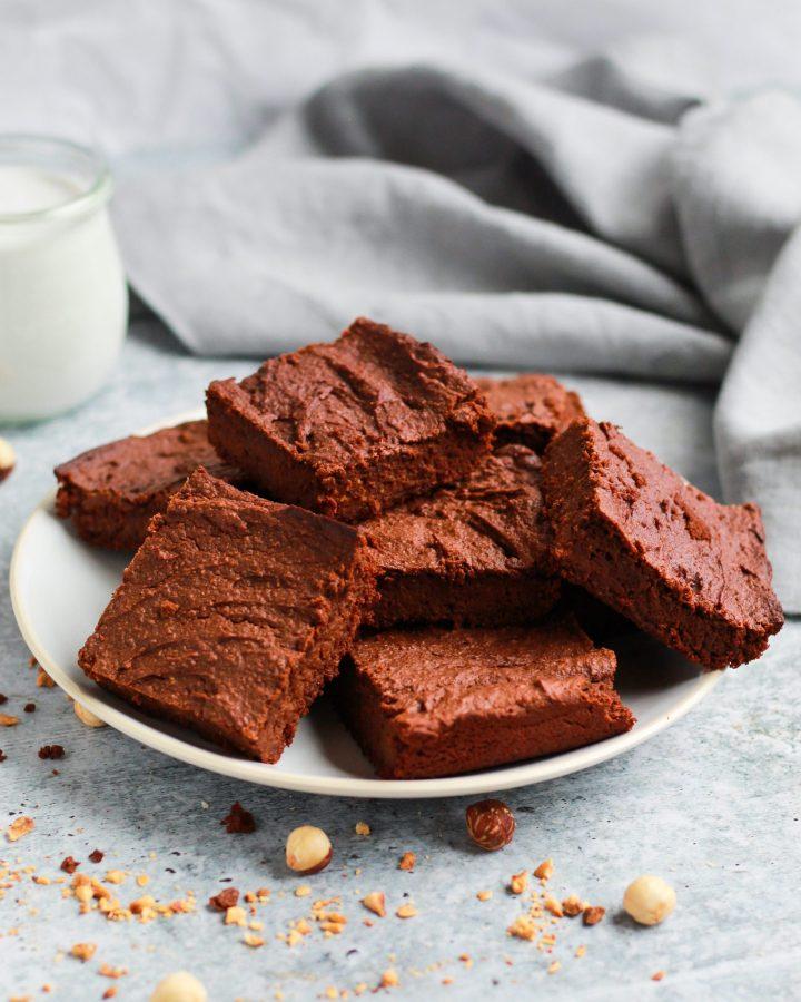 Plate of healthy vegan Nutella brownies