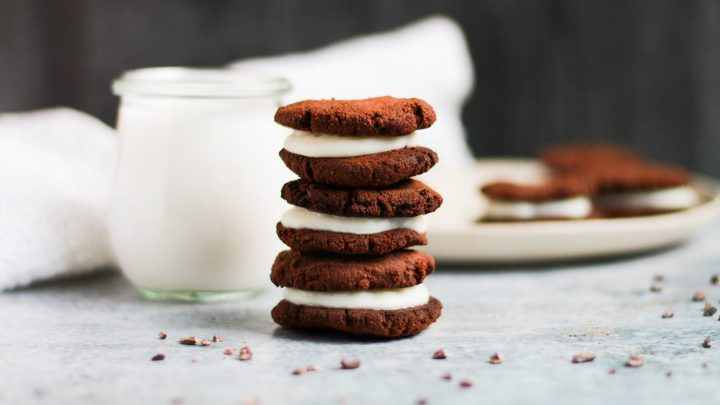 These paleo vegan Oreo cookies are a trip down memory lane! They taste just like the real deal while being low in sugar, keto friendly, and completely vegan!