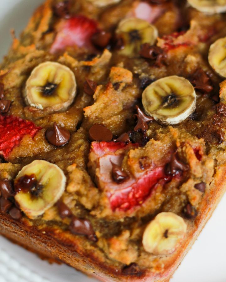 chocolate chunks in strawberry banana bread