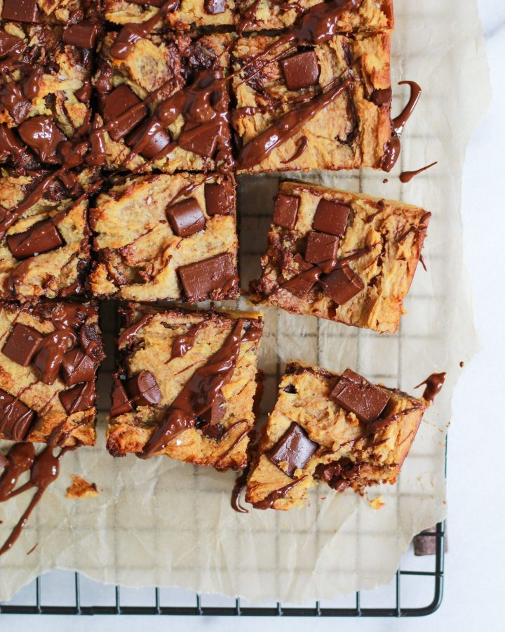 healthy chocolate chip blondies drizzled in chocolate