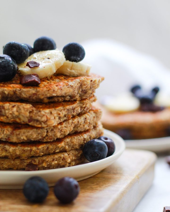 close up of stacked pancakes